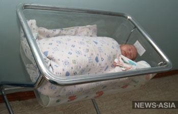 Россия выделяет почти миллион долларов Таджикистану на медпомощь для матерей и новорожденных