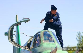 Военнослужащие авиабазы «Кант» отметили 99-летие ВВС России