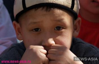 На юге Киргизии многих детей не отпустили в школу