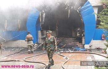Пожар на крупном рынке в Шымкенте едва не спровоцировал массовые народные волнения