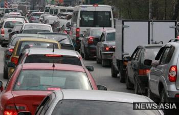В России инициируют отмену штрафов за езду по выделенным полосам
