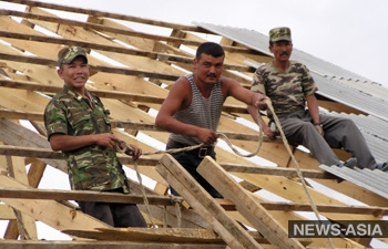 Россия ужесточает миграционный порядок для киргизстанцев