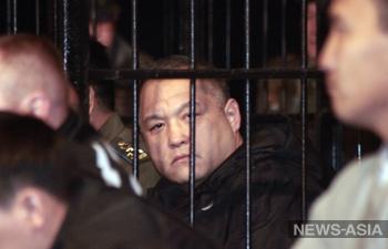 В столице Киргизии начался беспрецедентный процесс над защитниками «Белого дома»