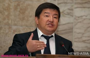 Бывший вице-премьер Киргизии Акылбек Жапаров предложил избрать двух спикеров и премьер-министров одновременно