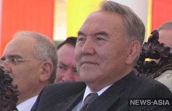 Назарбаев будет править Казахстаном пожизненно