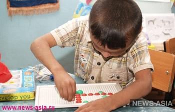 В бишкекской школе открылся первый в КР класс детей-аутистов