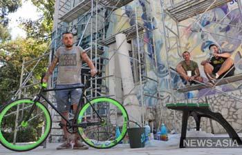 Один из самых сложных стрит-арт проектов реализован в Бишкеке