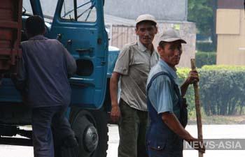 Сеть магазинов Хабаровского края готова принять на работу более 200 таджикистанцев