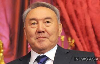 Назарбаев стал первым официальным кандидатом в президенты РК