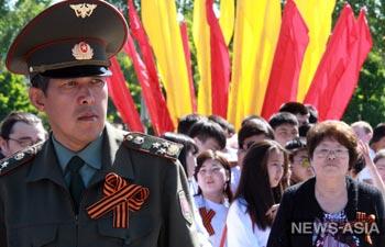 День Победы Киргизия встретит без георгиевских ленточек
