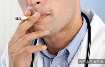 В Туркменистане врачам запретили употреблять табак и алкоголь