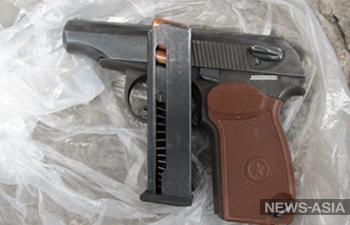 Житель Казахстана сдал в полицию оружие на 15 миллионов тенге