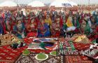 В Туркмении есть целая долина Навруза. В предгорной долине Ахала во время празднества возводят старинный городок с юртами и шатрами, высокими качелями, импровизированными мастерскими и торговыми рядами.