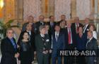 Участники форума нобелевские лауреаты с академиком РАН Аскаром Акаевым